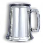 Engraved Plain  Pewter Pint Tankard in Presentation Box